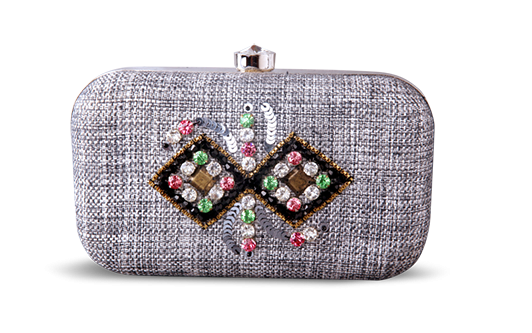 Saanchi - Beaded Clutch